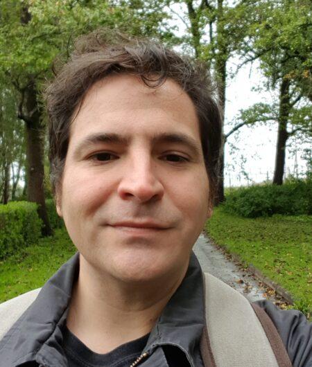 Antonio Jiménez, auxiliar de enfermería en Suecia